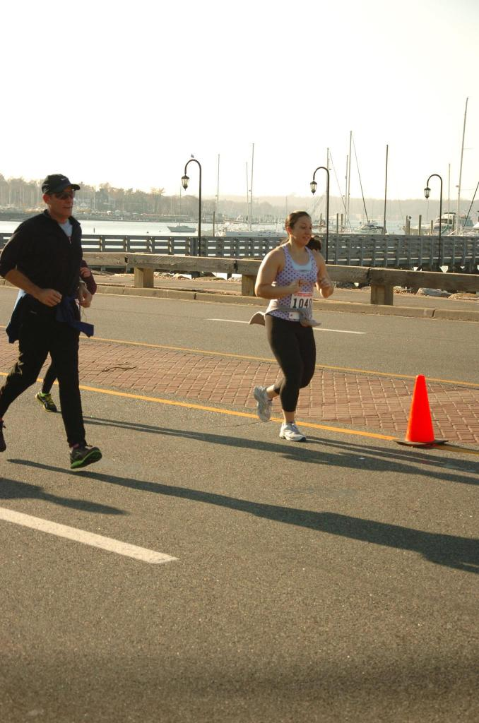 Finishing up the last mile of the 2011 Turkey Trot, my first real road race.